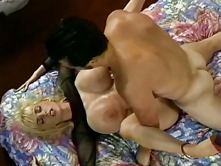 Wendy Whoppers - Hot Busty Blonde