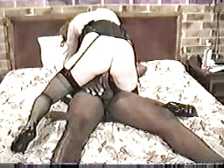 Vintage Wife Enjoys An Interracial Threesome !