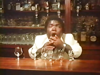 Barmaids jouir (1979)